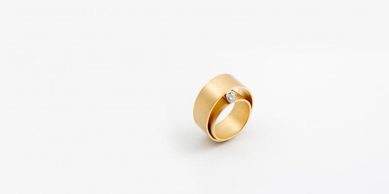 Achim Gersmann, Ring, Isabella Hund Gallery