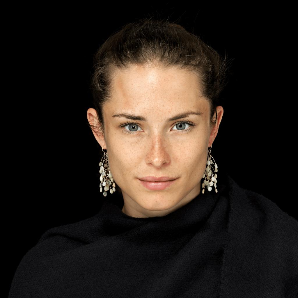 Ursula Biskup, Sinah, Isabella Hund Gallery